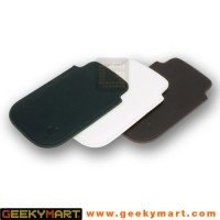Sleek Leather Sleeve Design for iPhone / iPod Touch